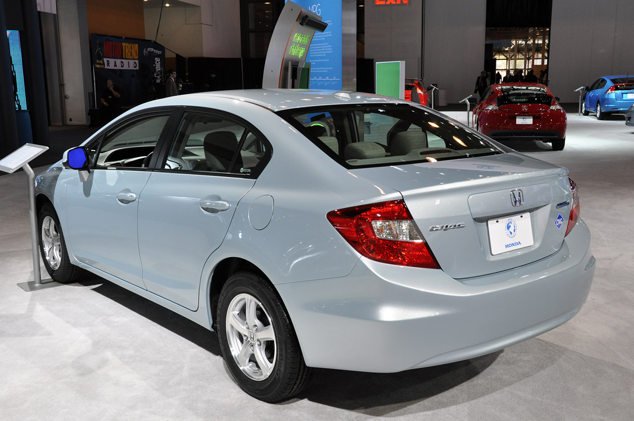 2012 honda civic natural gas new york 2011 photo gallery autoblog. Black Bedroom Furniture Sets. Home Design Ideas