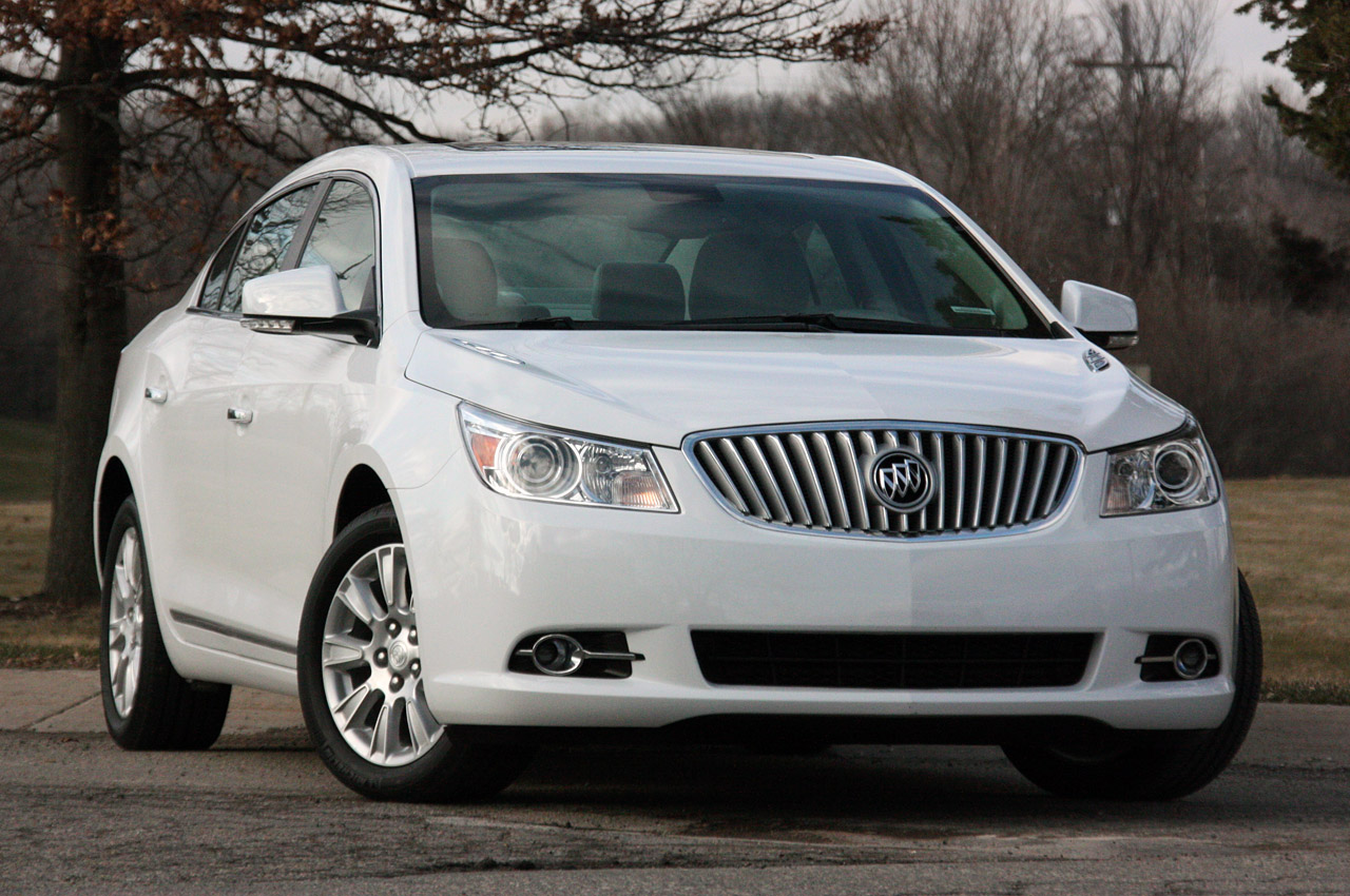 Quick Spin: 2012 Buick LaCrosse eAssist (Autoblog)