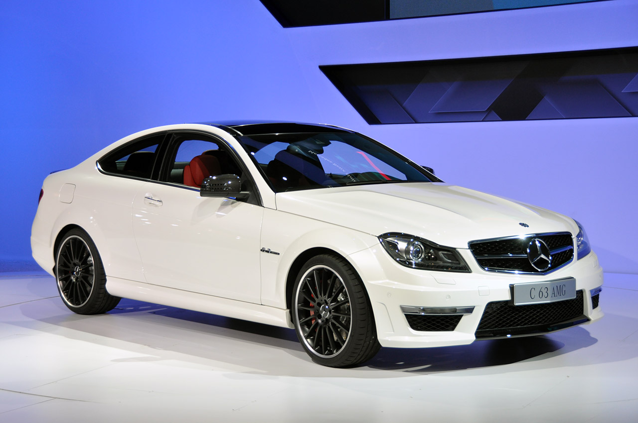 2012 mercedes benz c63 amg coupe new york 2011 photo gallery autoblog. Black Bedroom Furniture Sets. Home Design Ideas