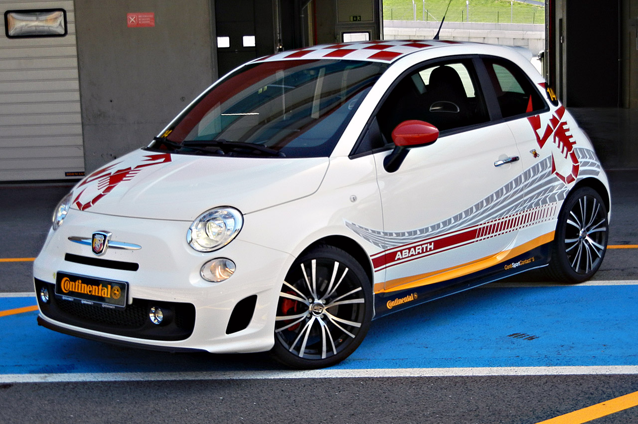 quick spin 2012 fiat 500 abarth w video. Black Bedroom Furniture Sets. Home Design Ideas