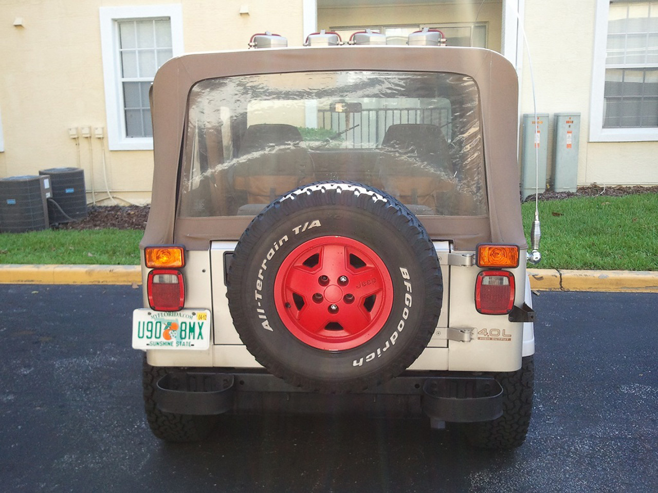 Jurassic Park Jeep For Sale >> eBay Find of the Day: Jeep Wrangler Jurassic Park edition - Autoblog