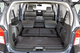 2012 Nissan Pathfinder Reviews - Autoblog and New Car Test ...