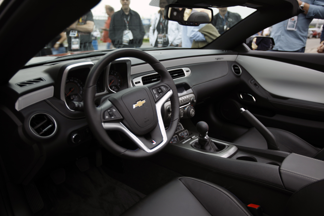 Official 2017 Chevrolet Camaro 45th Anniversary Edition Shows Off At Indy Camaro5 Chevy Forum Zl1 Ss And V6 Forums