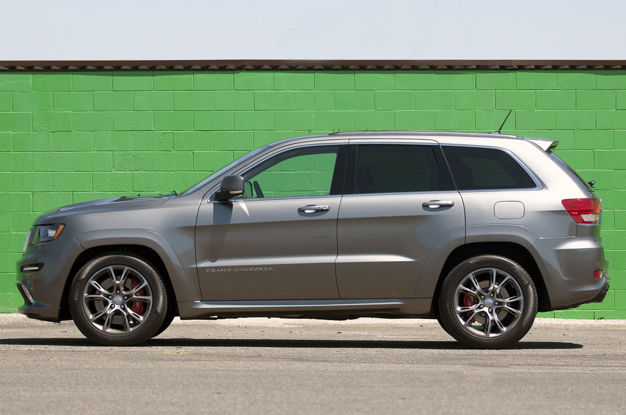Jeep Certified Pre-Owned >> 2012 Jeep Grand Cherokee SRT8 First Drive - Autoblog