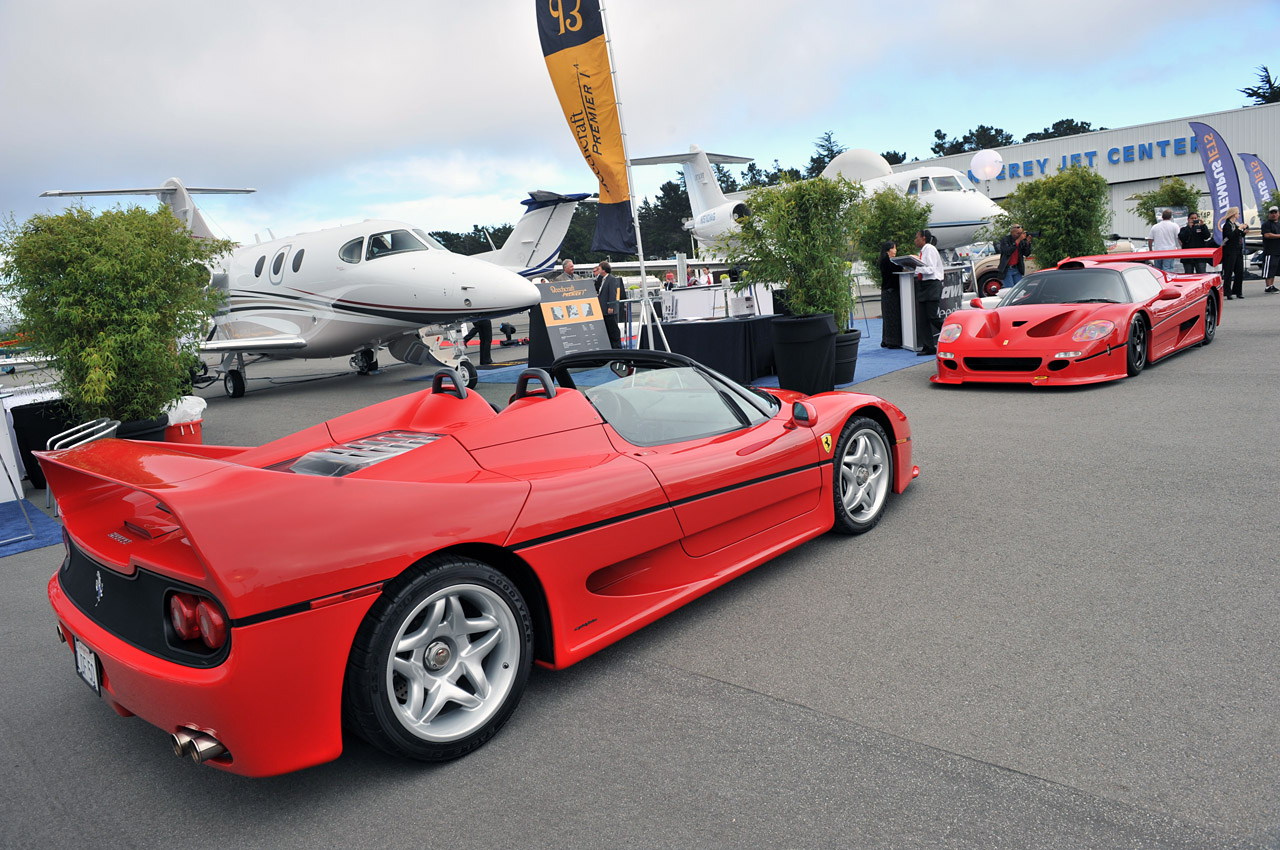 Ferrari F50 For Sale >> Ferrari F50 GT poses next to its road-going brother - Autoblog