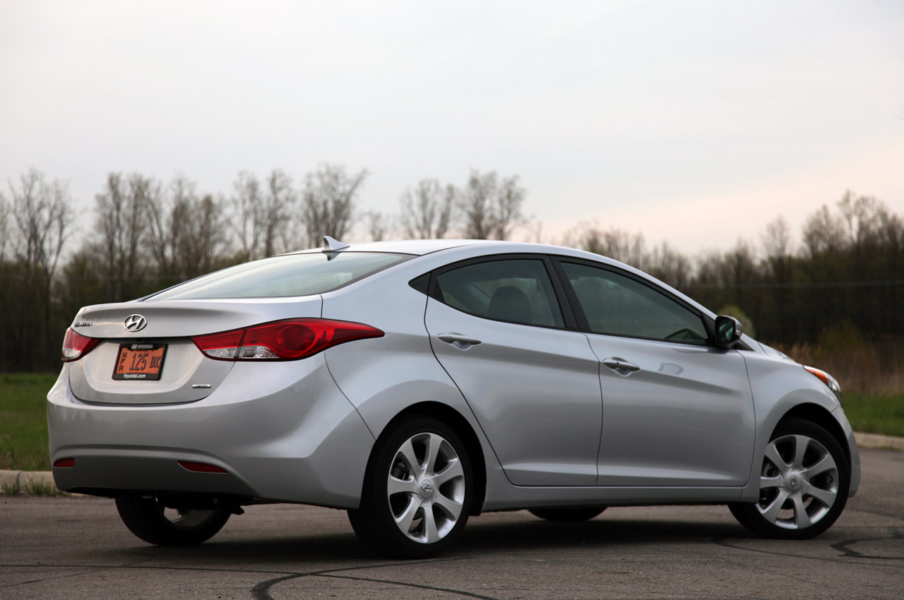 Hyundai Certified Pre Owned >> Hyundai recalls Elantra to fix stability control system ...