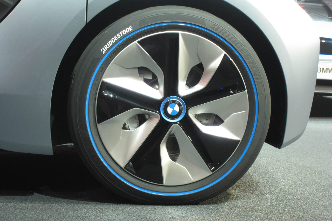 Best Gas For BMW >> Overview of BMW i3 LifeDrive tech shows how the skateboard has evolved - Autoblog