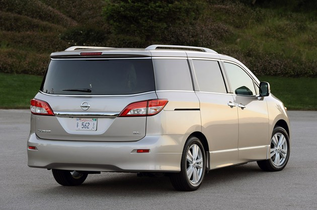 2017 Nissan Quest Rear 3 4 View
