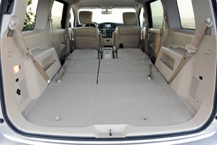 2011 nissan quest autoblog. Black Bedroom Furniture Sets. Home Design Ideas