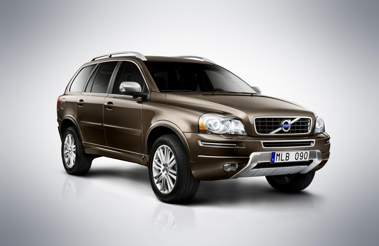 volvo xc90 gets modest tweaks for 2012 autoblog. Black Bedroom Furniture Sets. Home Design Ideas