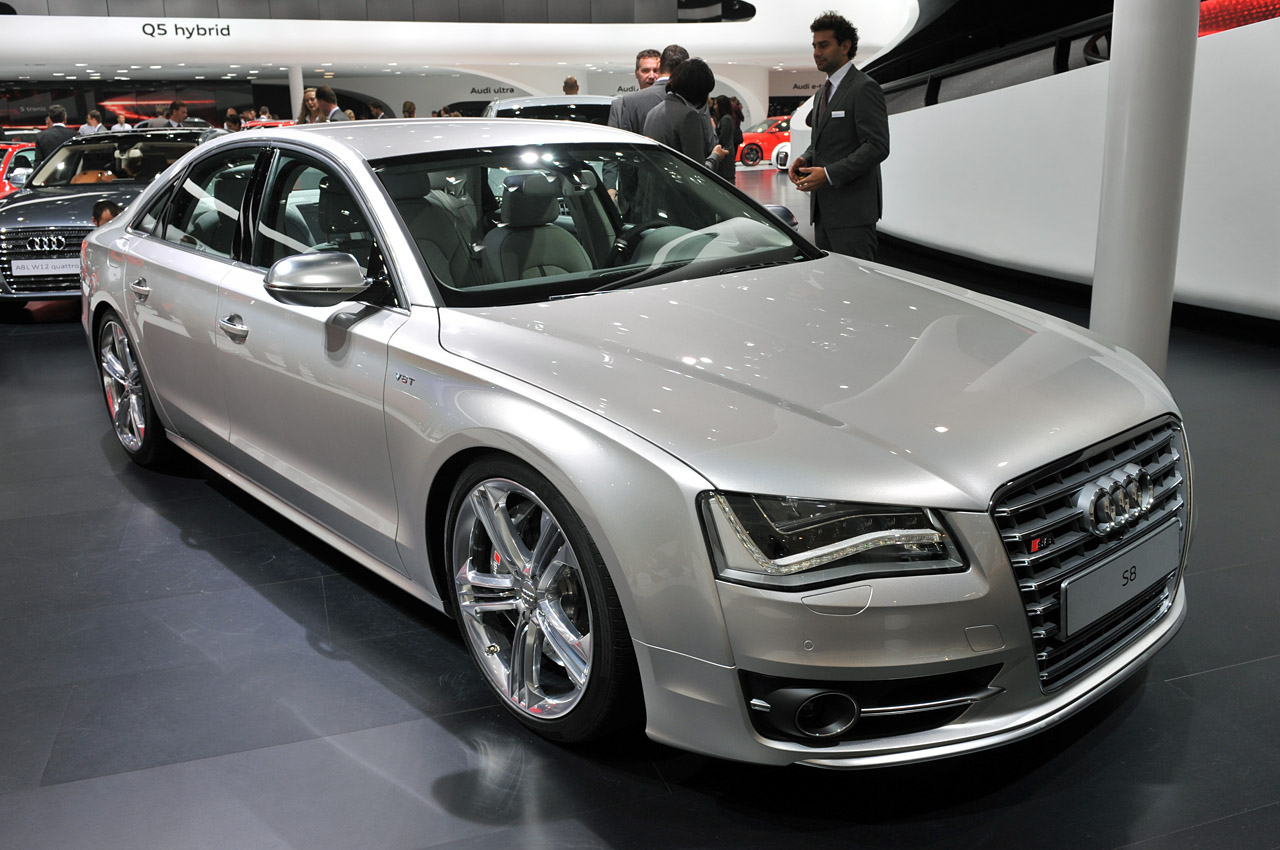2012 audi s8 suggests eight is more than twelve w video autoblog. Black Bedroom Furniture Sets. Home Design Ideas