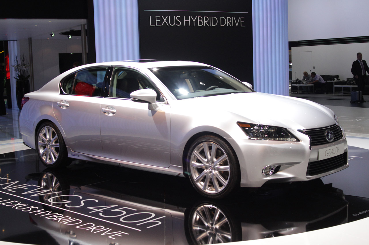 Lexus Pre Owned >> 2013 Lexus GS 450h does the electric slide - Autoblog