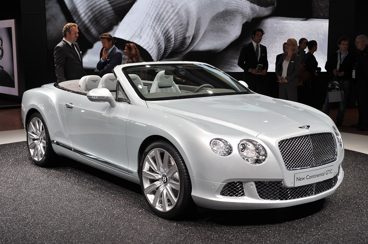 2012 Bentley Continental Gtc Wafts Onto Stage W Video