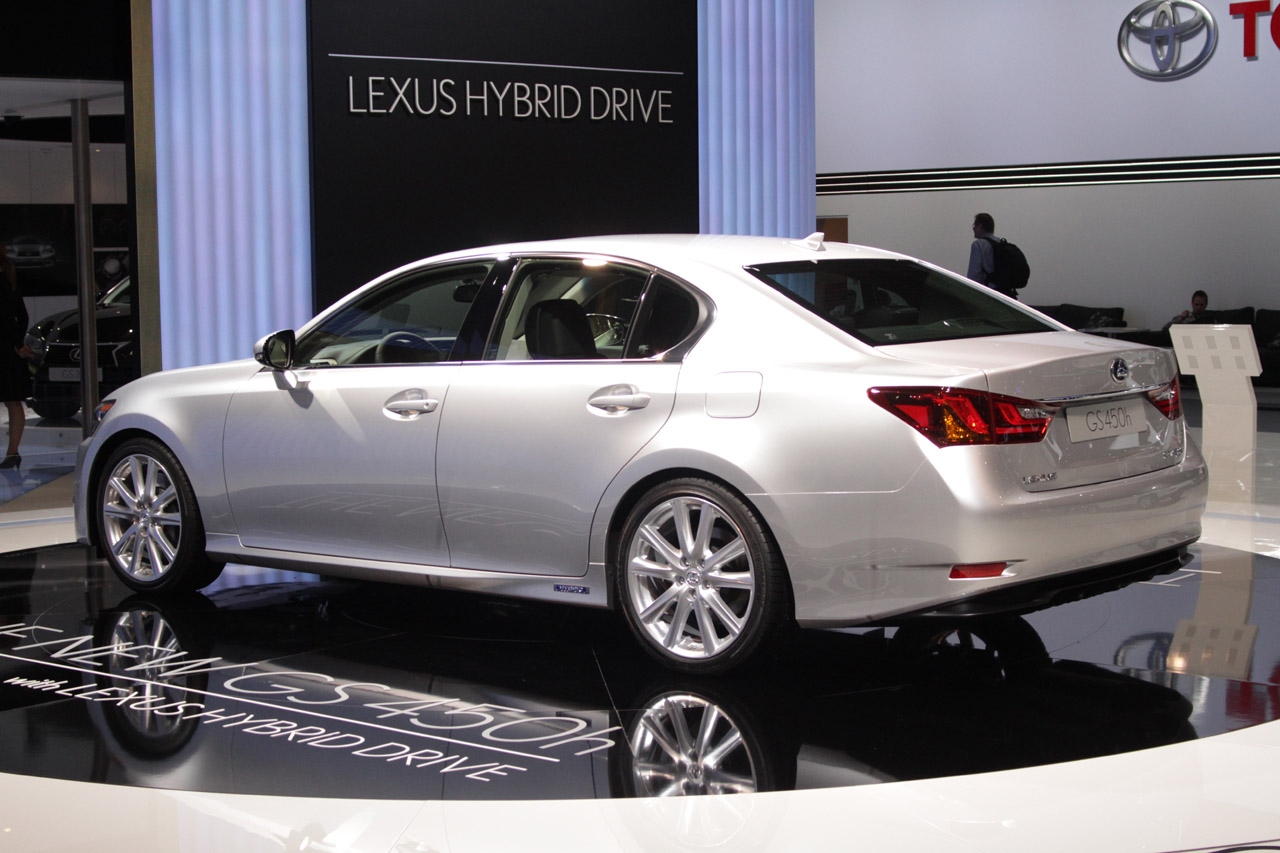 Certified Pre Owned Lexus >> 2013 Lexus GS 450h does the electric slide - Autoblog