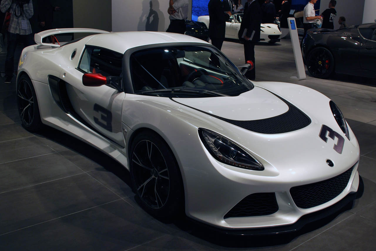 lotus exige to get v6 power esprit gets optional hybrid autoblog. Black Bedroom Furniture Sets. Home Design Ideas