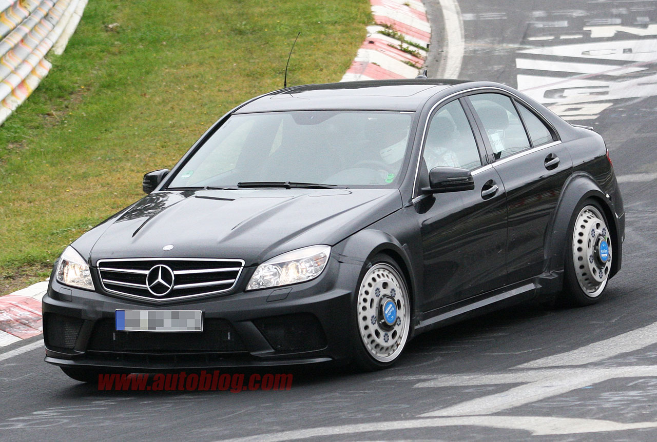 Black Book Car Values >> Mercedes-Benz prepping hardcore C63 AMG Black Series sedan ...