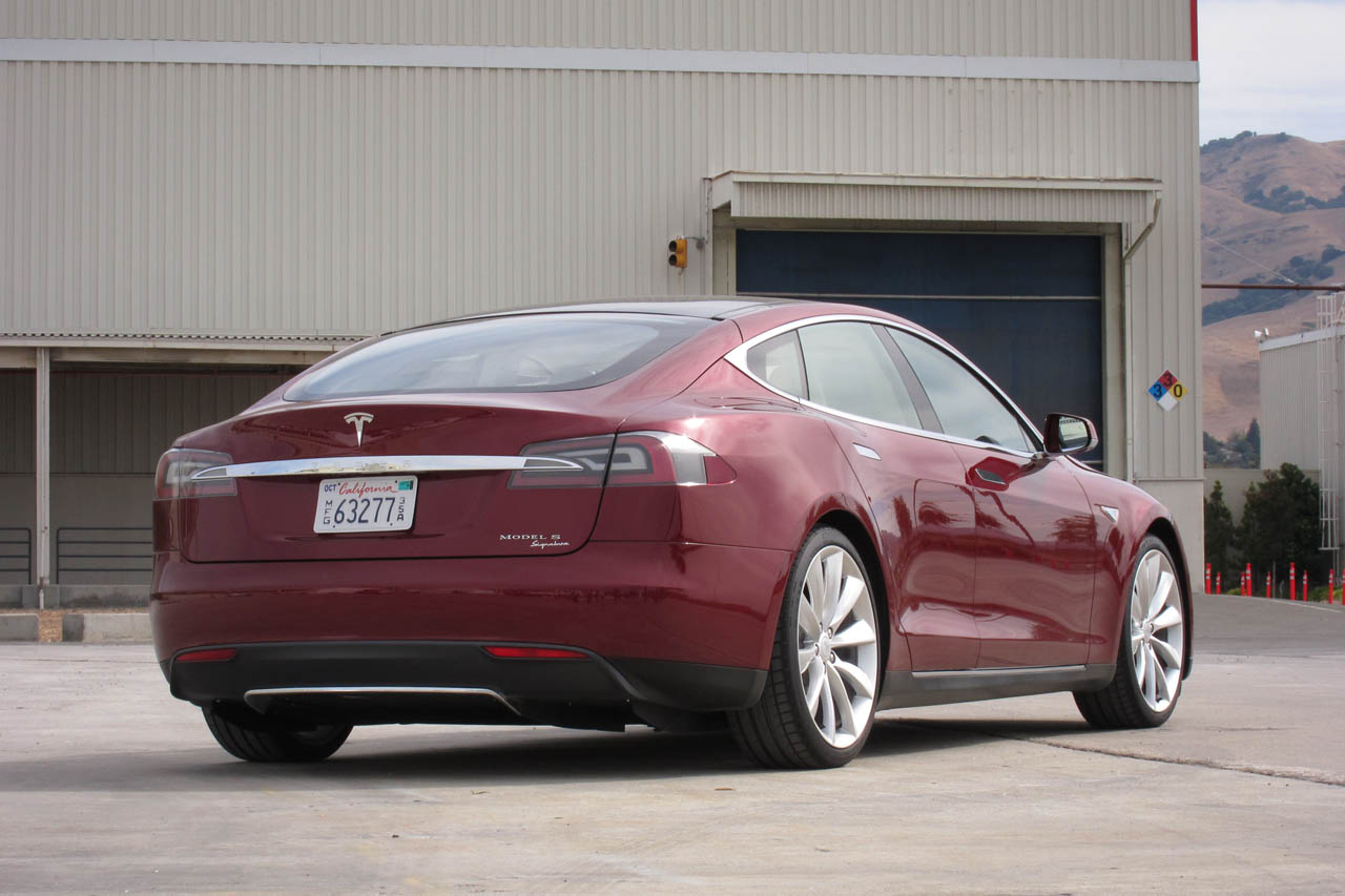 Pre Owned Tesla >> First Ride: 2012 Tesla Model S Beta - Autoblog