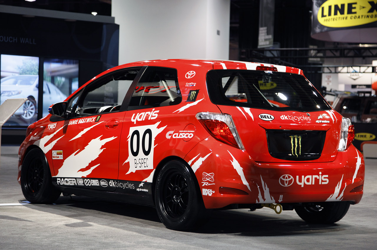 toyota yaris b spec club racer mazda2 competition. Black Bedroom Furniture Sets. Home Design Ideas