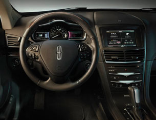 2013 Lincoln MKT shows its toothier grin | Autoblog