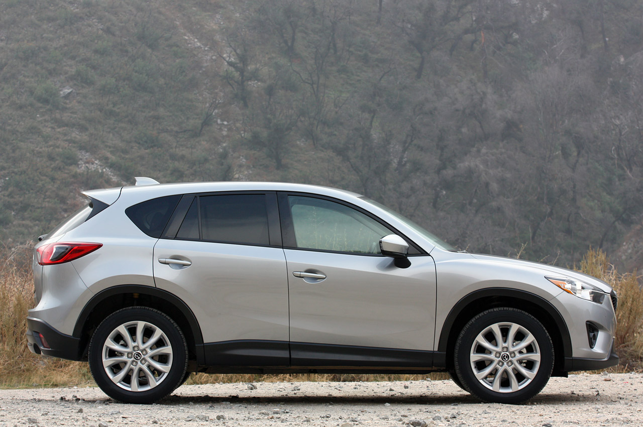2013 mazda cx 5 priced from 20 695 autoblog. Black Bedroom Furniture Sets. Home Design Ideas