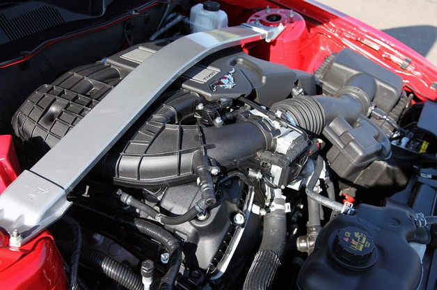 The 3 7 Liter Engine Under Hood Of Mustang Most Definitely Has A Lot More Kick Than Old 4 0 Cologne V6 But Don T Make Mistake Thinking
