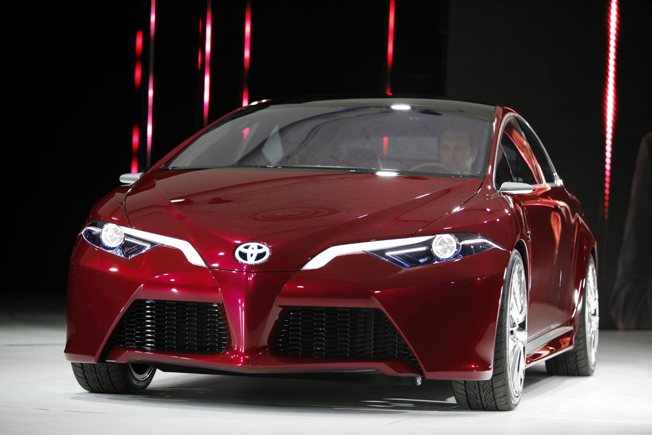 Toyota Ns4 Concept Glimpses At Prius Of The Future Autoblog