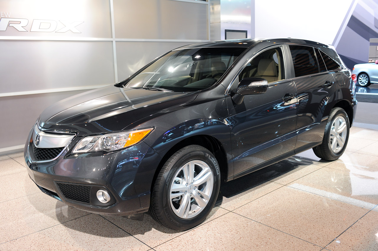 2013 acura rdx gets more of the good stuff autoblog. Black Bedroom Furniture Sets. Home Design Ideas
