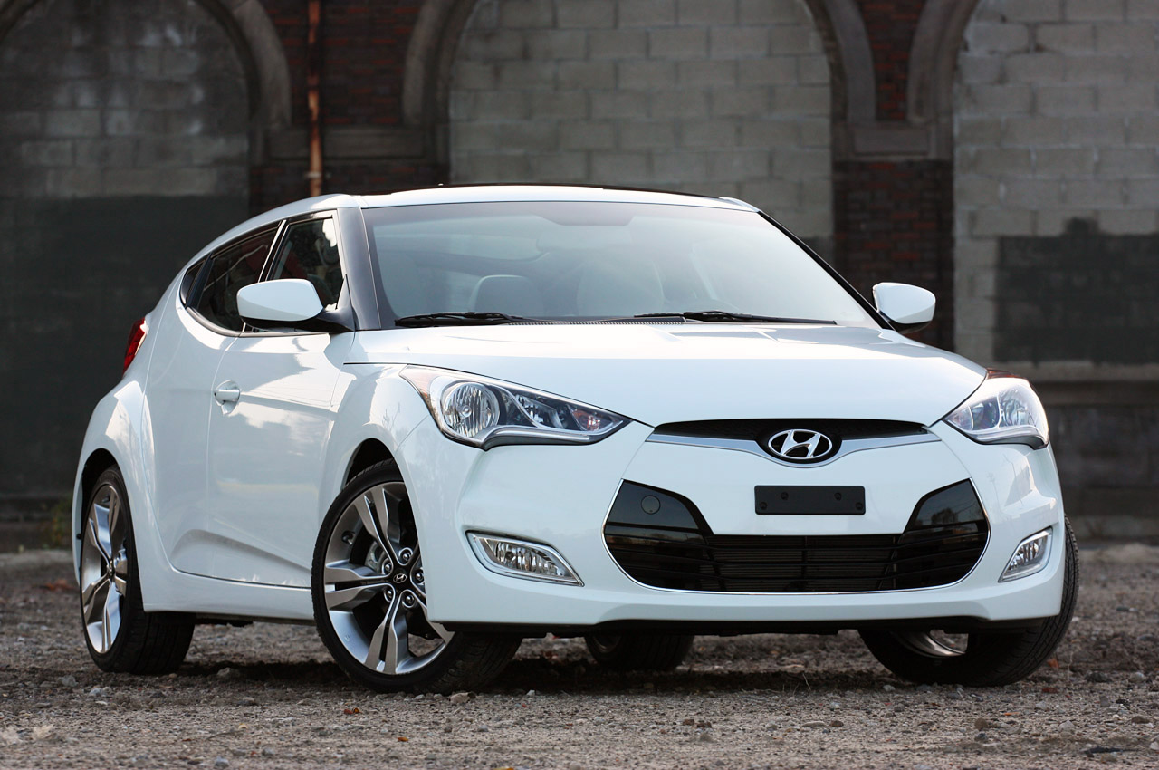 Hyundai Certified Pre Owned >> Hyundai recalling 2012 Veloster over shattering sunroofs ...