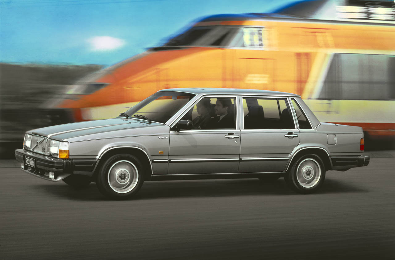 Ford Certified Pre Owned >> Volvo marks 30th anniversary of the 760 - Autoblog