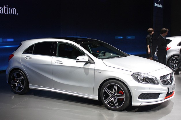 mercedes benz a class hatches new level of refinement for. Black Bedroom Furniture Sets. Home Design Ideas
