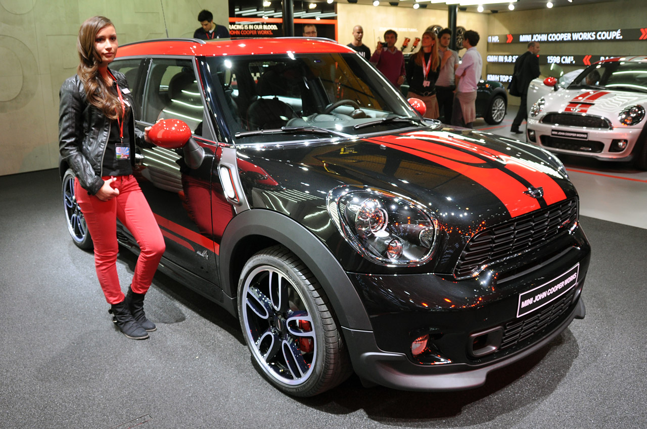 2013 mini john cooper works countryman packs an up sized punch autoblog. Black Bedroom Furniture Sets. Home Design Ideas