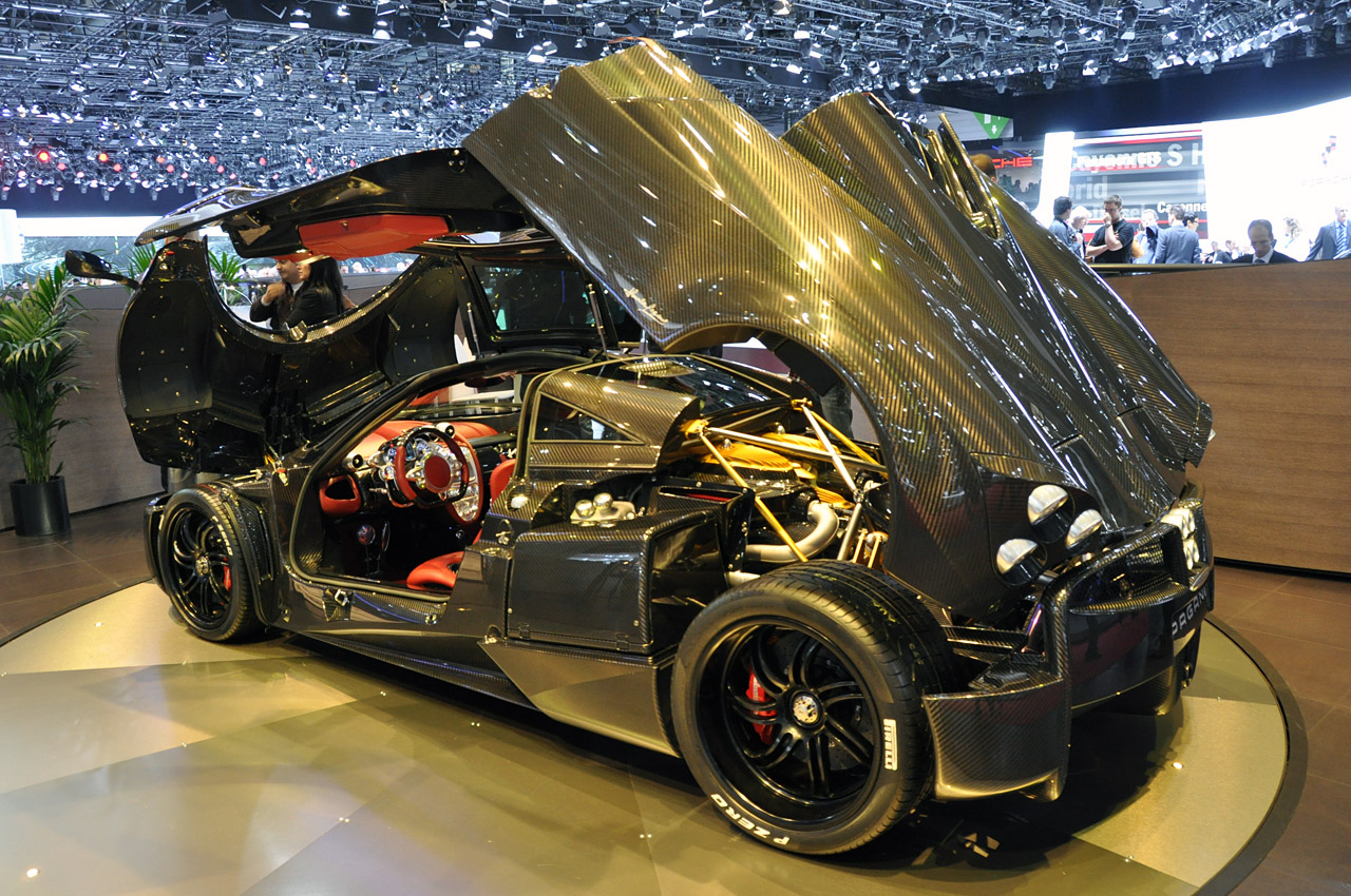 Pagani Huayra For Sale >> Pagani Huayra Roadster to pack more power, less weight ...