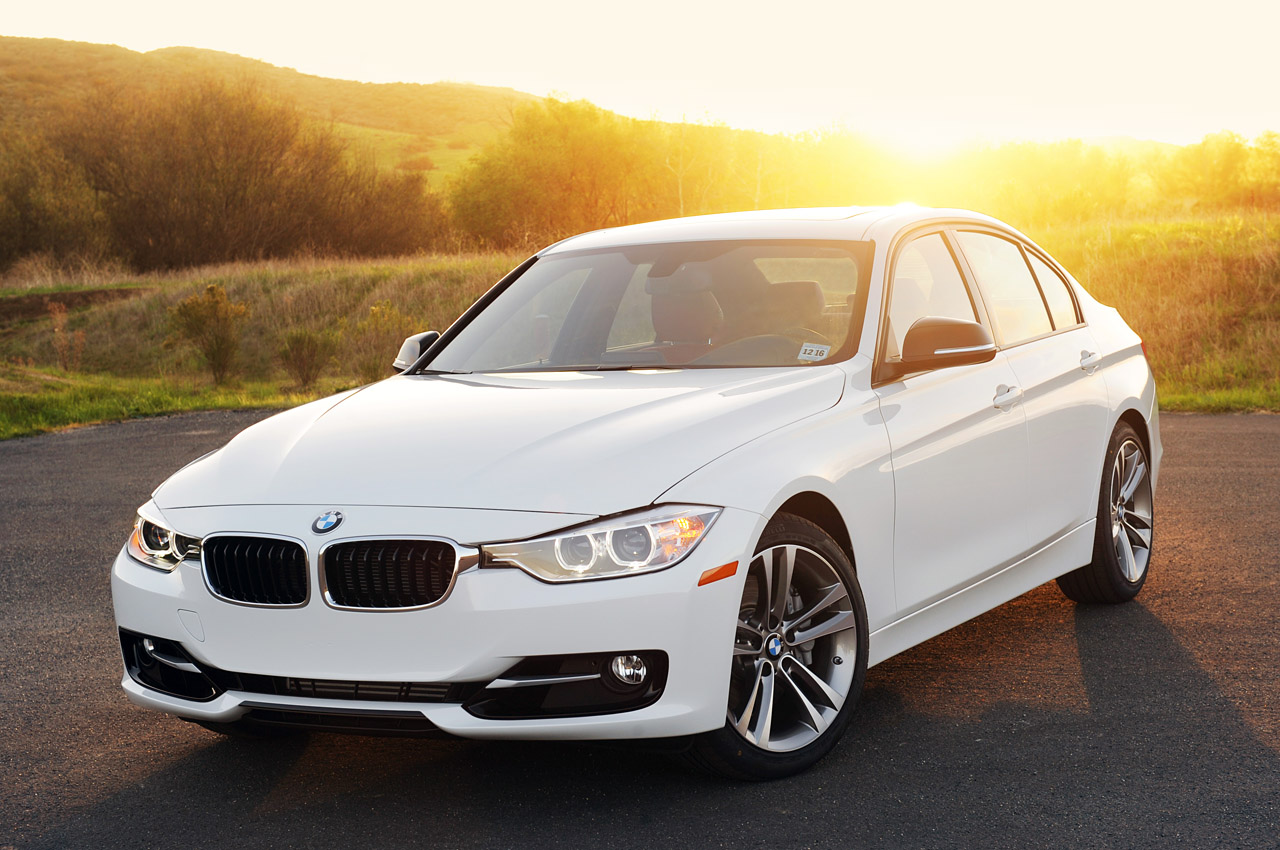 2012 bmw 335i review photo gallery autoblog. Black Bedroom Furniture Sets. Home Design Ideas
