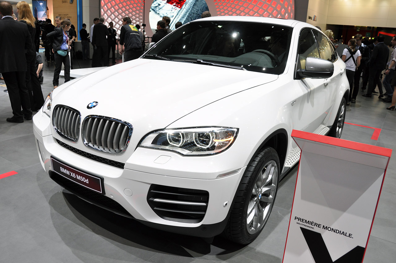 Certified Pre Owned Bmw >> 2012 BMW X6 M50d marries diesel performance with efficiency - Autoblog