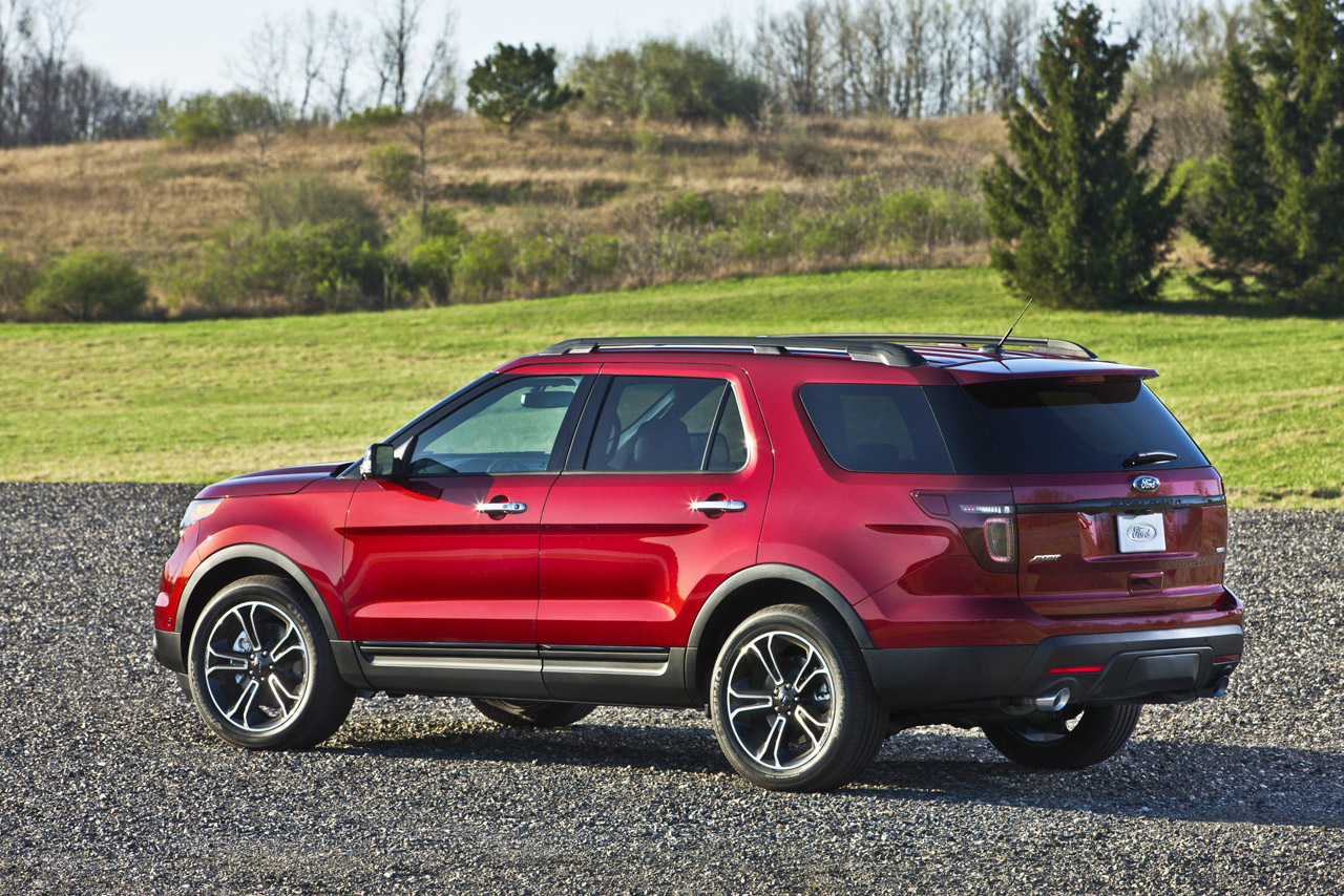 2013 Ford Explorer Sport officially rated at 365 HP, 16/22 ...