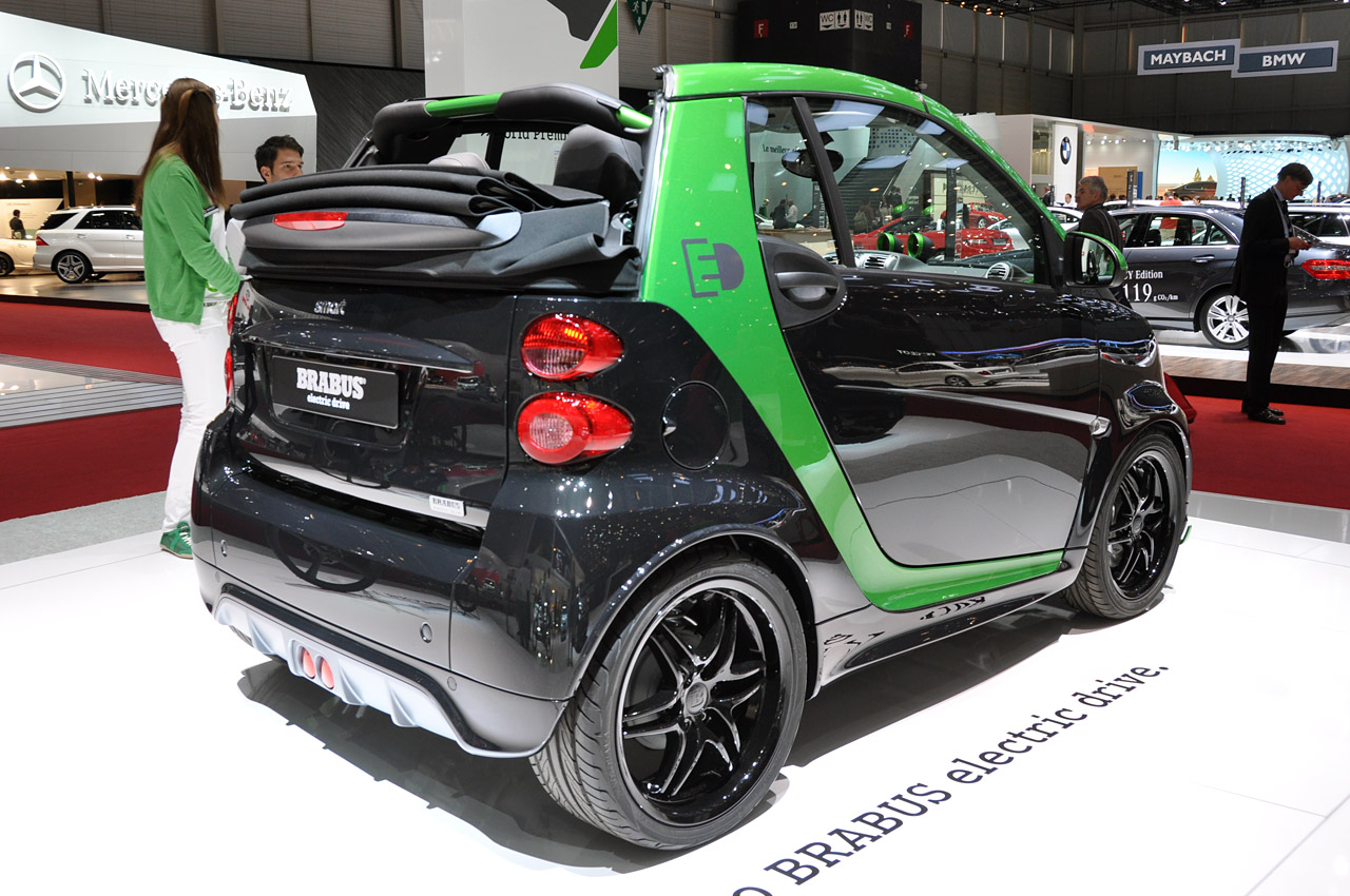 Black Book Car Values >> Smart ForTwo Brabus Electric Drive is a black and green upgrade | Autoblog