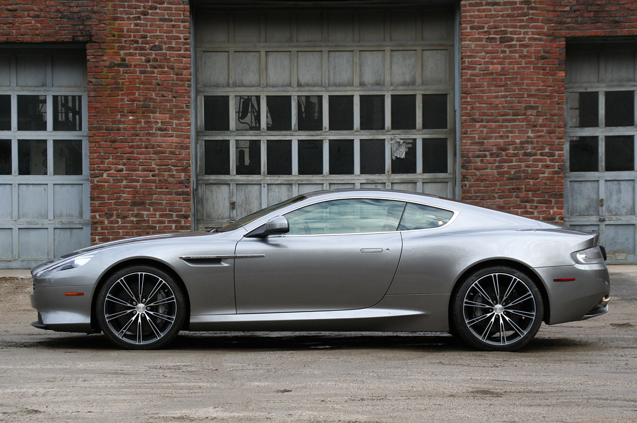 ASTON MARTIN Virage specs & photos - 2011, 2012 ...