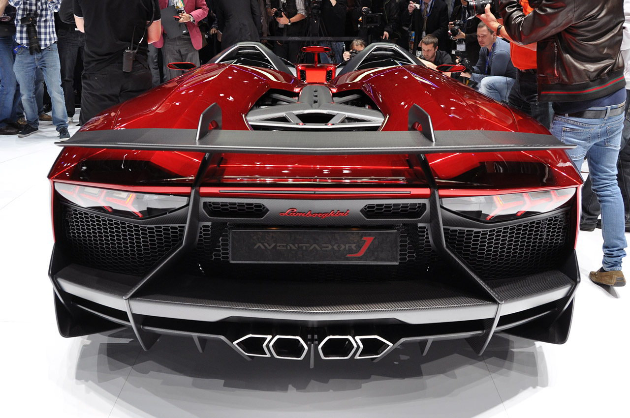 lamborghini aventador j geneva 2012 photo gallery autoblog. Black Bedroom Furniture Sets. Home Design Ideas