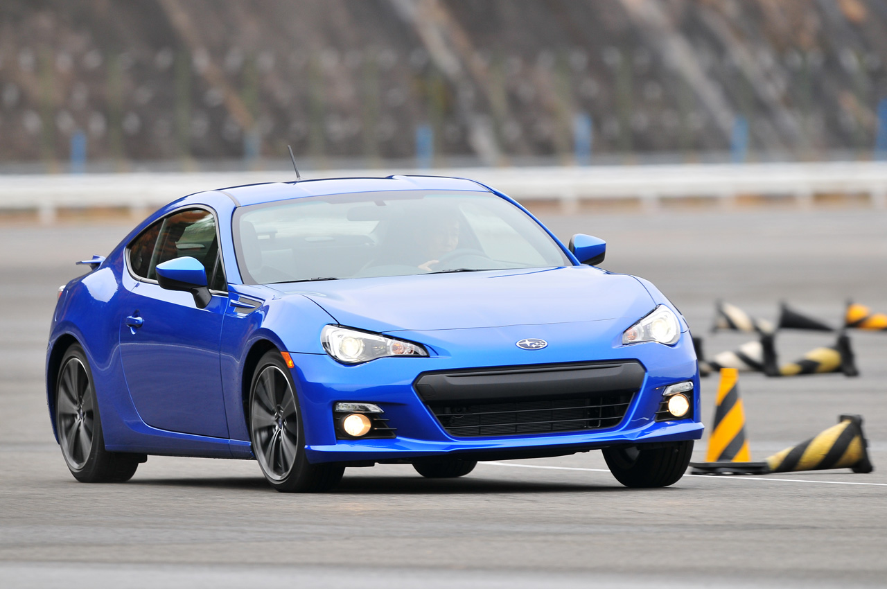 2013 subaru brz priced from 25 495 w poll autoblog. Black Bedroom Furniture Sets. Home Design Ideas