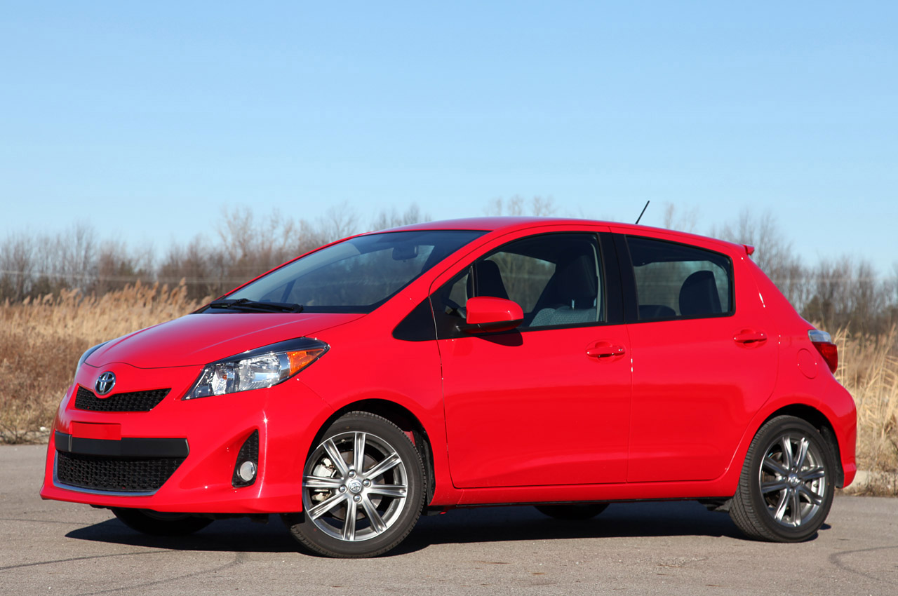 2012 toyota yaris consumer review autos post. Black Bedroom Furniture Sets. Home Design Ideas