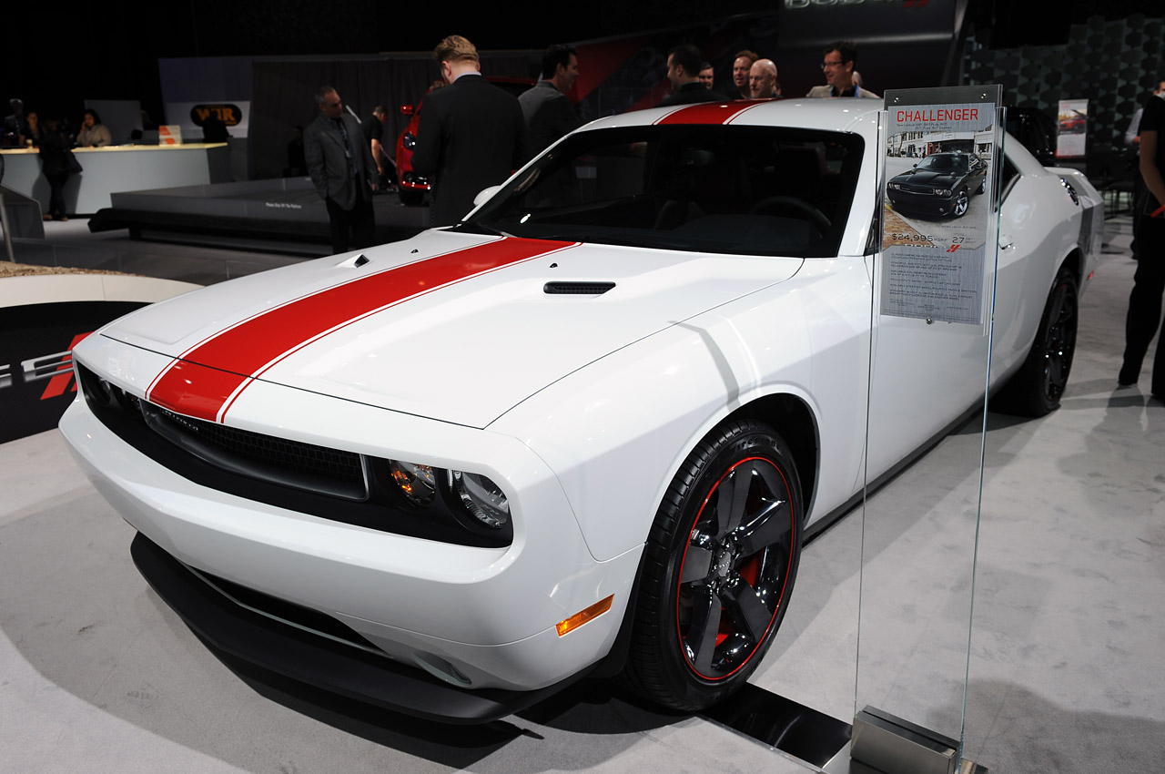 Black Book Car Values >> 2012 Dodge Challenger Rallye Redline is black, white and red all over - Autoblog