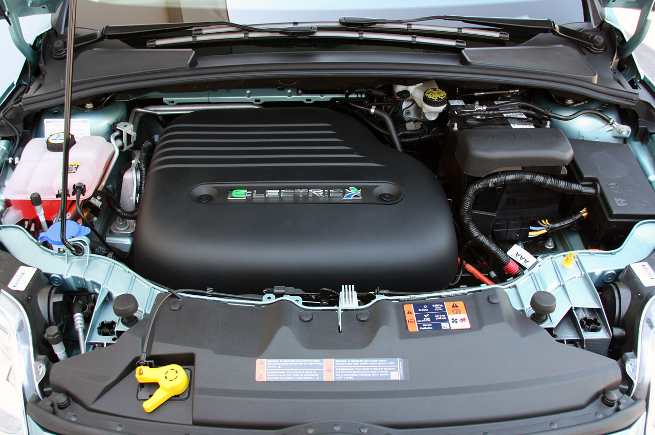 2012 Ford Focus Electric Quick Spin Photo Gallery Autoblog Fuse Box Kancil 850