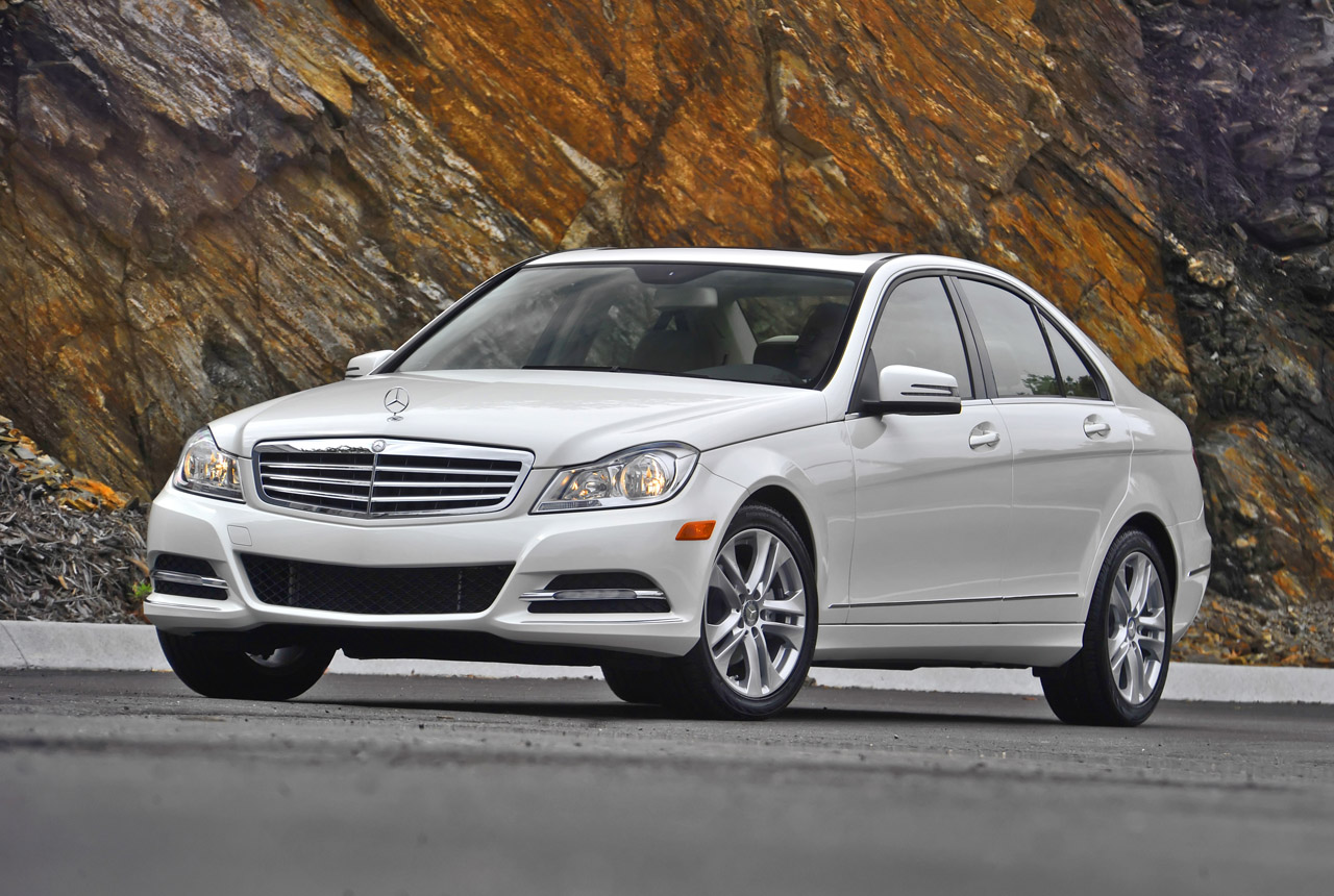 2013 mercedes benz c300 4matic to get detuned 3 5l v6 autoblog. Black Bedroom Furniture Sets. Home Design Ideas