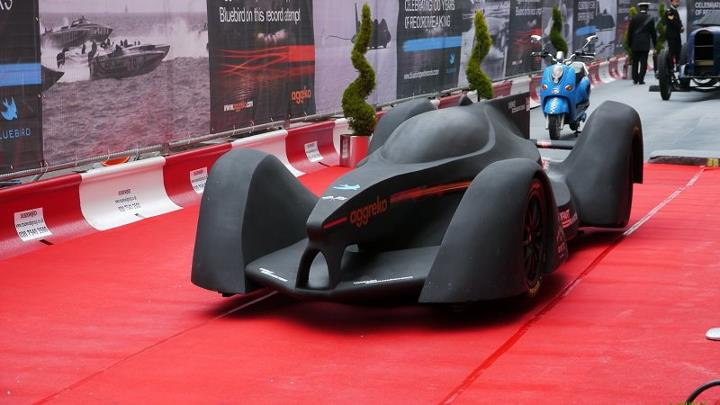 this insane race car is designed to compete in f1 39 s all electric series autoblog. Black Bedroom Furniture Sets. Home Design Ideas