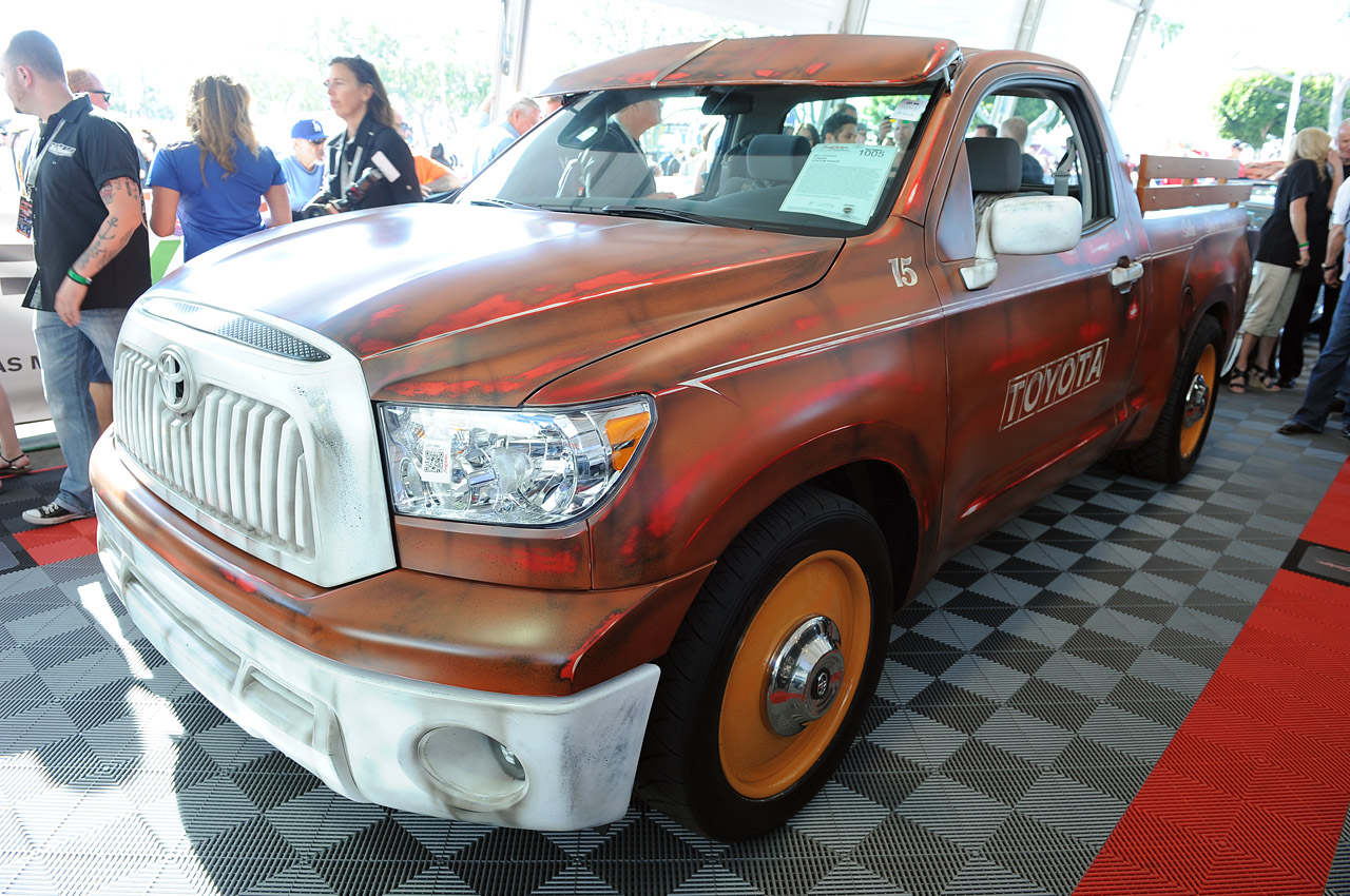 Custom Toyota Tundra pickup raises $100,000 for charity at ...