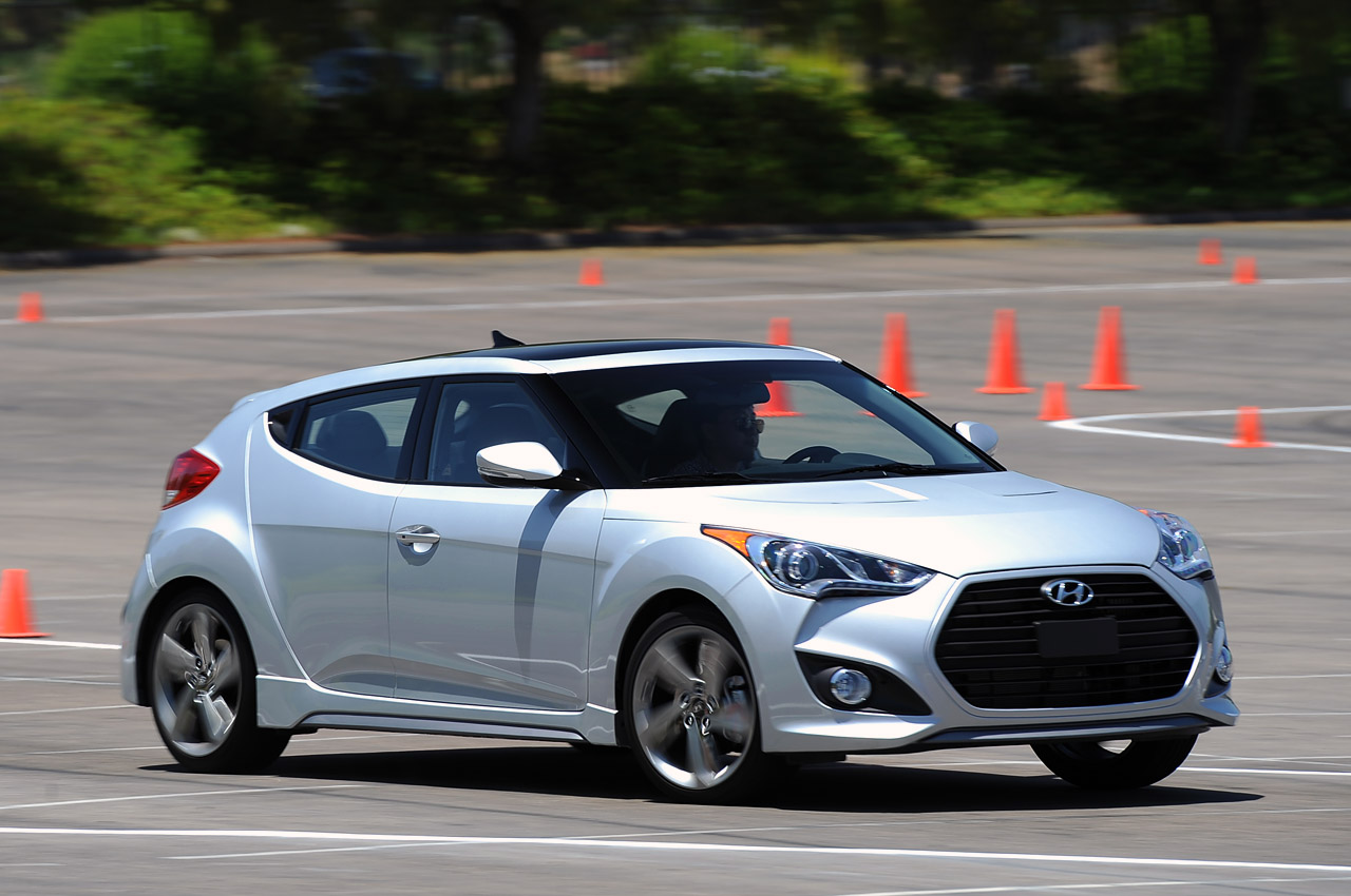 10 2013 hyundai veloster turbo. Black Bedroom Furniture Sets. Home Design Ideas