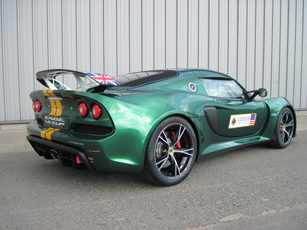 lotus announces exige v6 cup racer autoblog. Black Bedroom Furniture Sets. Home Design Ideas