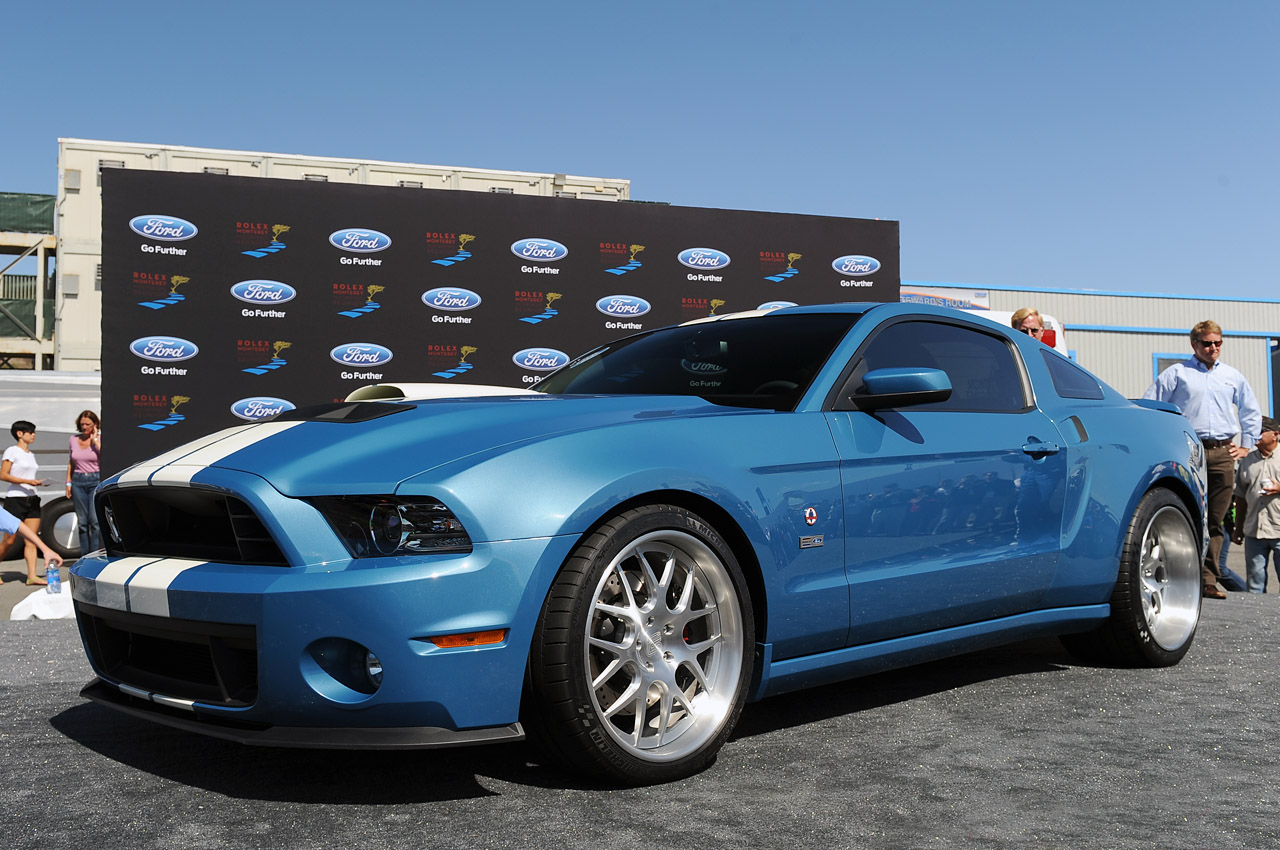 one off 2013 shelby gt500 cobra debuts as tribute to carroll autoblog. Black Bedroom Furniture Sets. Home Design Ideas