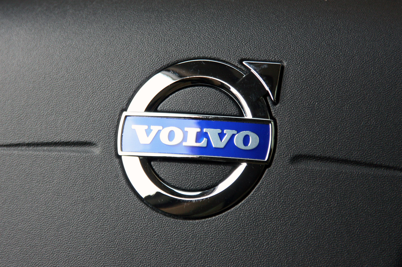 Volvo Certified Pre Owned >> 37-2012-volvo-xc60-r-design-review.jpg