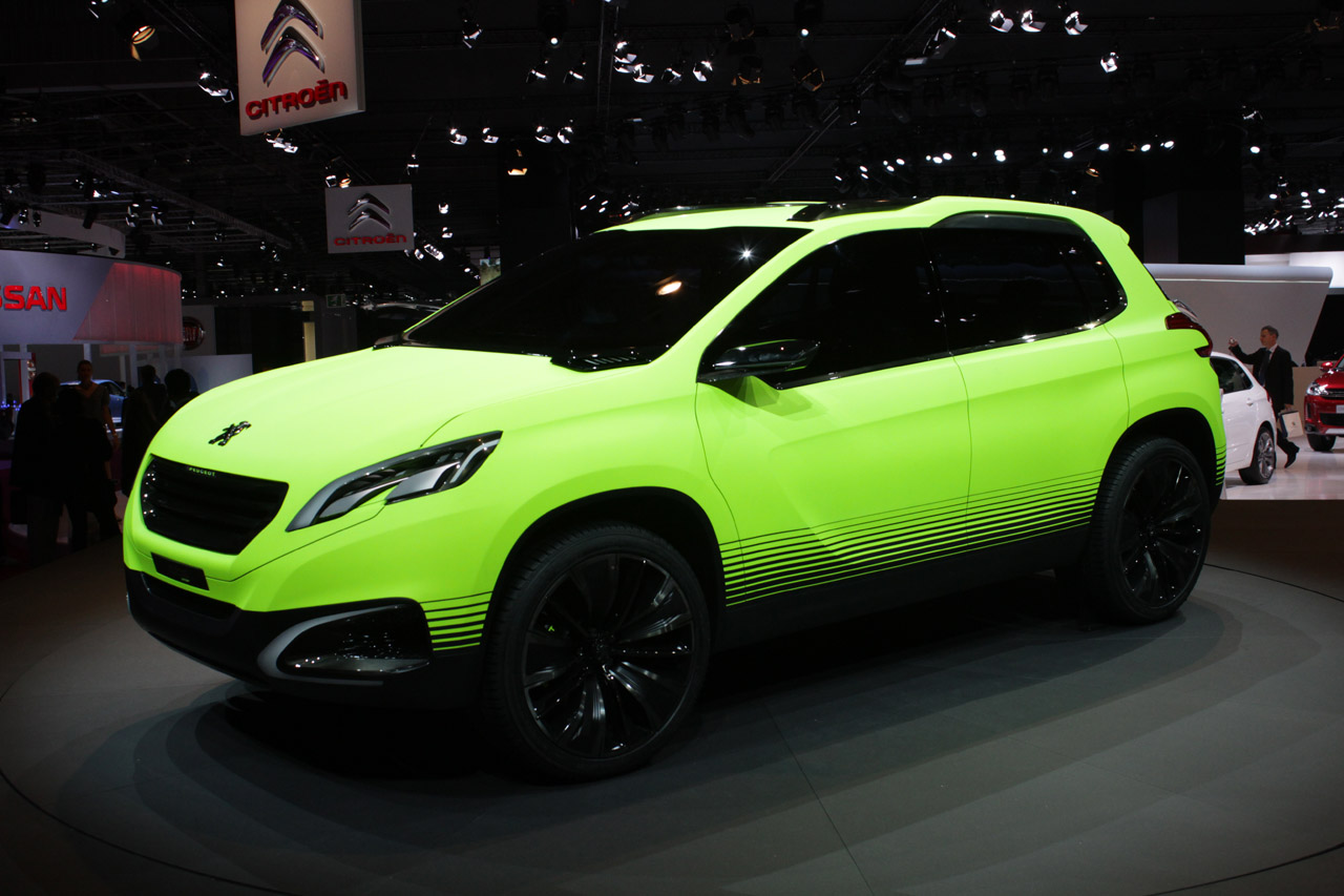 peugeot 2008 concept raises the roof for b segment cuvs autoblog. Black Bedroom Furniture Sets. Home Design Ideas